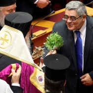 New Greek Parliament sworn in