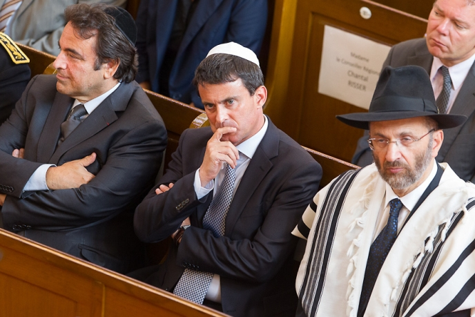 Le premier ministre du gouvernement d'occupation chez ses maîtres, ici avec le faussaire juif Gilles Bernheim