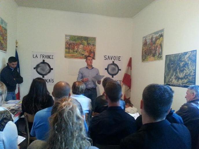 Réunion militante de Savoie nationaliste avec Alexandre Gabriac-16052014-