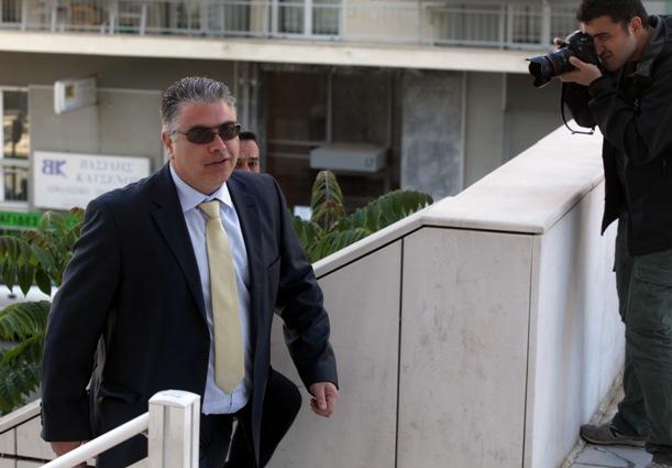 Nikos-Kouzilos-avocat-aube_doree_emprisonne-