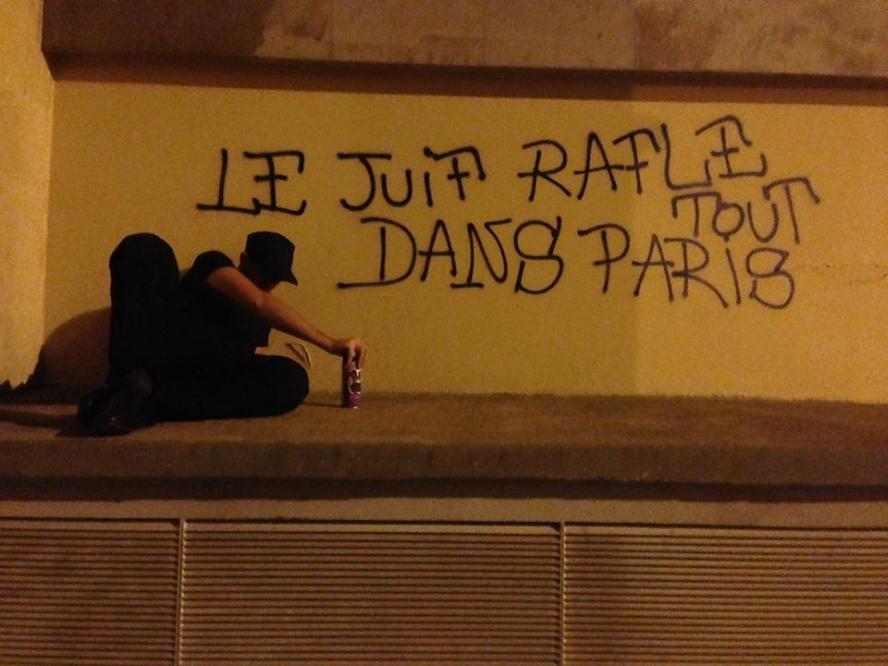 à_paris_-