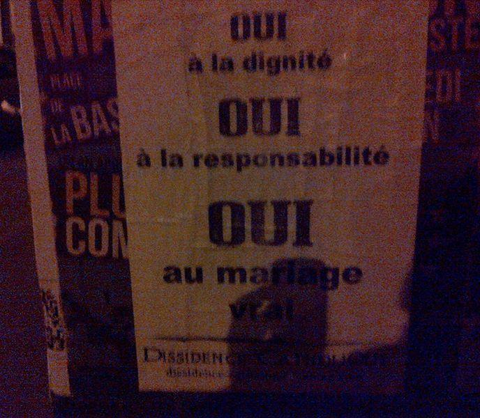 dissidence_catholique-collage_paris-2