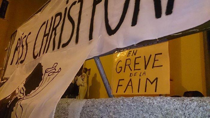 piss_christ_fora_greve_de_la_faim