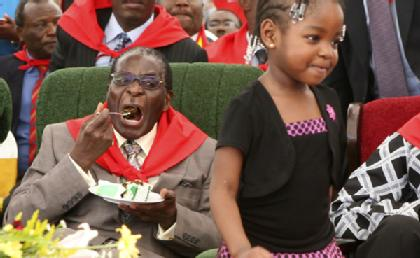 Pour quelques diamants, les européistes sont prêts à toutes les trahisons, même avec un assassins comme Robert Mugabe.