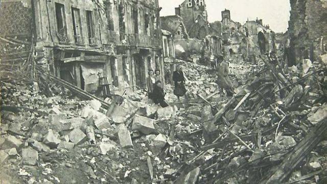 Bombardements des civils français à Caen en 1944