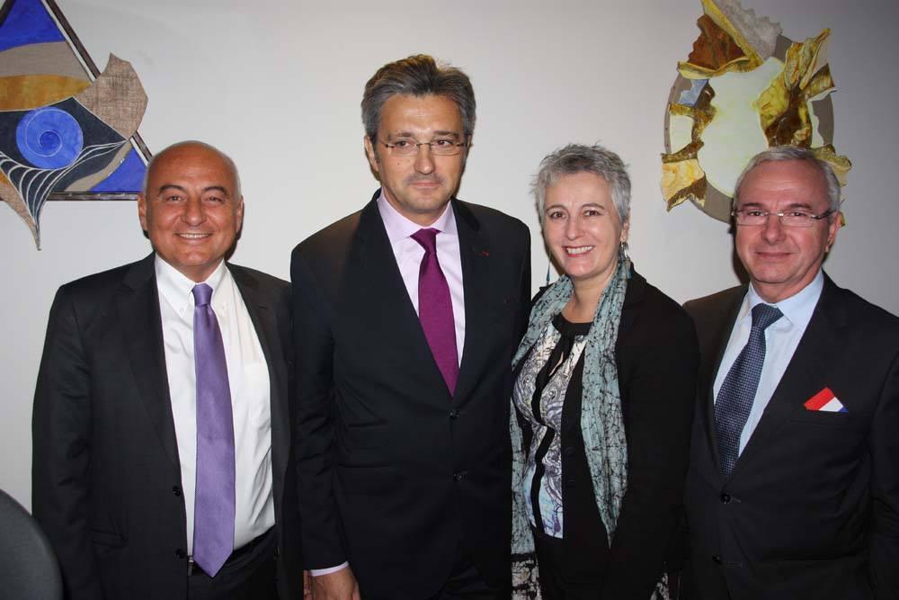 Marc Daunis (droite) ici en compagnie du chef mafieux Daniel Keller, de Guilaine Debras et de Jean Léonetti, tous deux élus de leur République, lors de l'inauguration d'un « temple maçonnique » à Sophia-Antipolis.