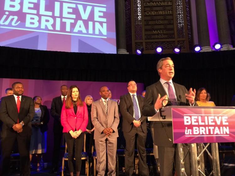 Bannière de Nigel Farage sur le réseau social Twitter