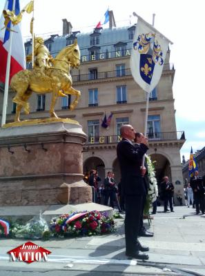 """Pour oublier les infamies du """"Piss Christ"""", François Veyret-Passini porte haut les couleurs de Jeanne d'Arc"""