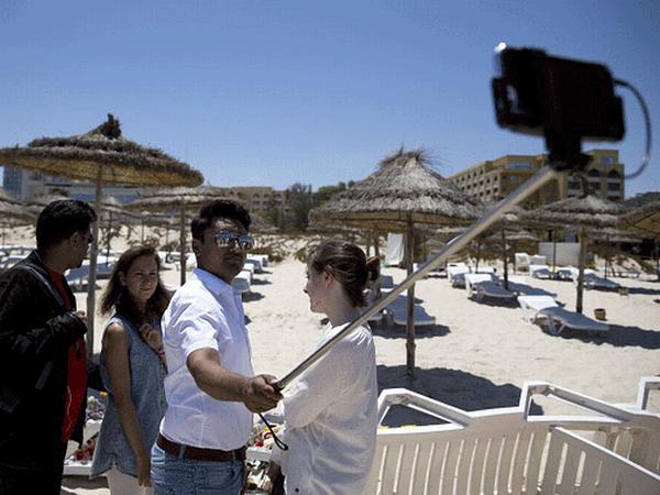 Amran Hussain selfie tunisie