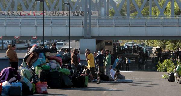 invasion-camps-migrants-bordeaux-1