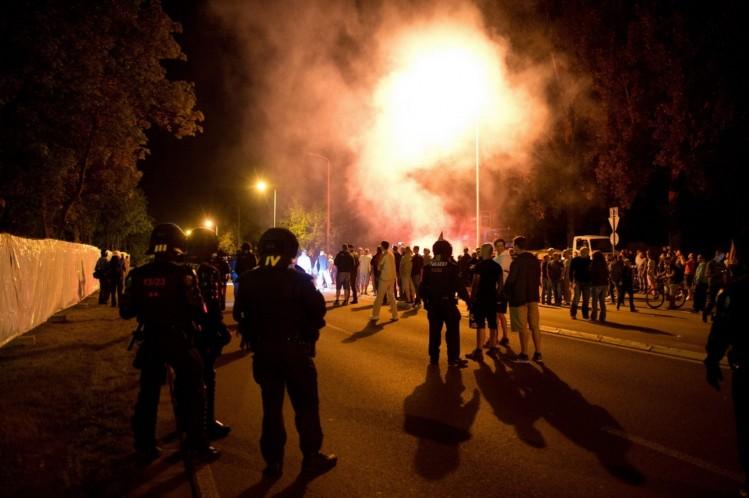 Heidenau-NPD-manifestation-violences policières