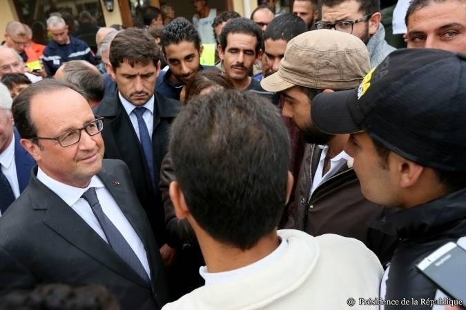 Mensonges et propagande. François Hollande joue à Kim Jong-un