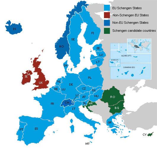 L'Espace Schengen, en 2015: en bleu, les pays qui l'appliquent intégralement, en vert, ceux dont les ressortissants sont déjà ici et, en rouge, ceux qui subissent l'afflux sans en faire partie.