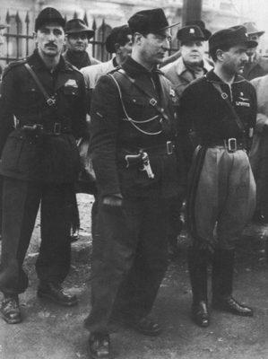 Pavolini_con_Costa_a_Milano_nel_1944