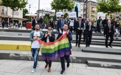 Kosovo_gay-pride