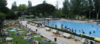 Madrid_piscines_publiques_naturisme