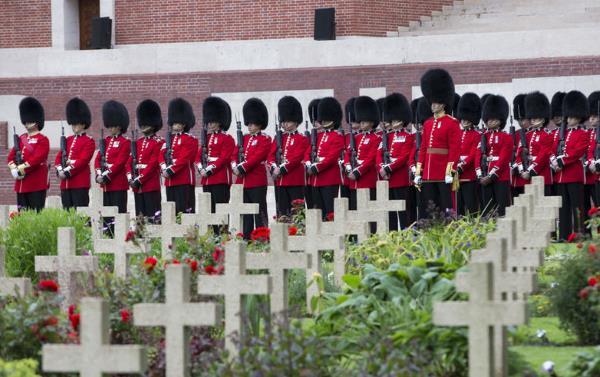 Thiepval_commemoration_Somme_2