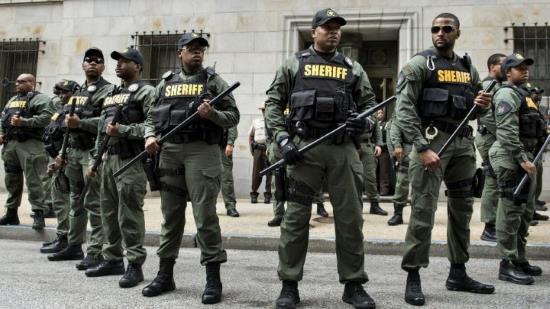121016-police-baltimore-surveillance-m